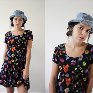 1990's Floral Short Sleeve Mini Dress 🌸